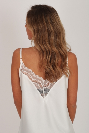 DEEP V-NECK LACE TOP WHITE