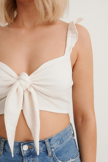 NA-KD FLOUNCE DETAIL CUP TOP